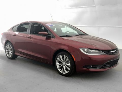 Pre-Owned 2015 Chrysler 200 S