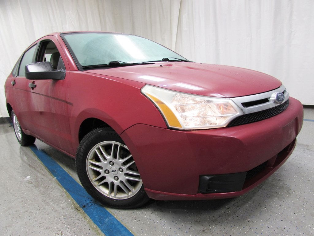 Pre owned 2010 ford focus se